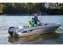 Yamarin 56 Center Console Cross