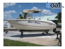 24 Boston Whaler 240 Outrage