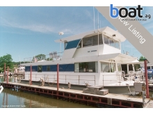 Custom Built Pluckebaum 52 Houseboat