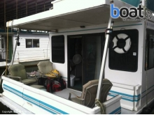 Catamaran Cruisers 35 Pontoon Houseboat