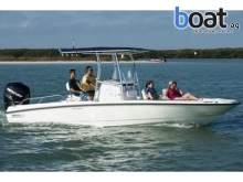 23 Boston Whaler 230 Dauntless