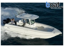 32 Boston Whaler 320 Outrage