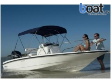 21 Boston Whaler 200 Dauntless